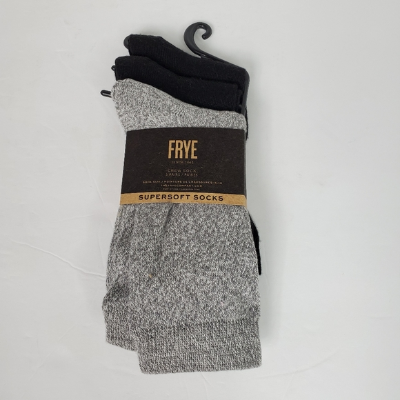 Frye Accessories - FRYE Supersoft Crew Socks NWT black gray size 5-10